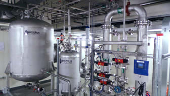 Anläggning som renar aktivt processvatten