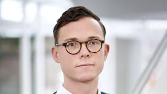 Nicolai Hofsø er direktør for FinTech hos Visma e-conomic, og han vurderer at virksomhedens service, Straksindbetaling, kan hjælpe mange af de virksomheder, som er økonomisk hårdt presset.