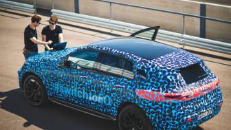 Elbilen Mercedes-Benz EQC under förserietester i Spanien.