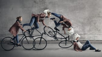 Hövding's airbag for cyclists comes out on top according to a new bike helmet test conducted by the Swedish insurance company Folksam.