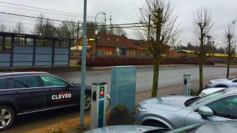 De nya laddstationerna vid järnvägsstationen i Osby