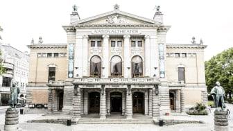 Nationaltheatrets hovedbygning på Johanne Dybwads plass. Foto: Gisle Bjørneby