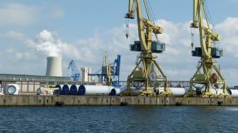 Automatisierung in Hafenwirtschaft, Seeverkehr und Binnenschifffahrt stehen im Fokus des Webinars der Scandria Allianz am 2. Dezember 2020 (Bild: falco auf pixabay)