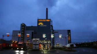 På Renovas avfallskraftvärmeverk i Sävenäs omvandlas brännbart avfall från hushåll och verksamheter till värme och el. Anläggningen står för cirka 35 % av göteborgarnas fjärrvärme och 5 procent av göteborgarnas elbehov.