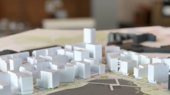Över 600 bostäder kan få bygglov på onsdag.