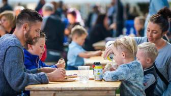 Både offentliga kök och restauranger har nostalgitema inför Matfestivalens 30-årsfirande. Foto: Mårten Bergkvist/Next Skövde