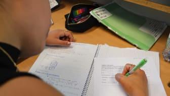 Fjärrundervisning i högstadiet en vecka till - successiv återgång förbereds
