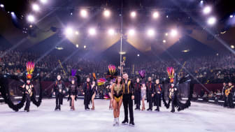 Sarah Lombardi feiert emotionalen letzten Auftritt bei HOLIDAY ON ICE Produktion SHOWTIME in Berlin