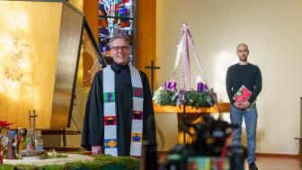 Hephata-Vorstandssprecher Pfarrer Maik Dietrich-Gibhardt und Kirchenmusiker Martin Kaiser haben für Heiligabend eine kurze Videoandacht vorbereitet, die unter www.hephata.de veröffentlicht wird.