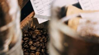 Högvuxet afrikanskt arabicakaffe är generellt känt för att vara fruktigare och ge mer kropp till blandningen.
