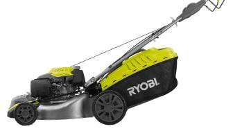 Starta Ryobis nya EasyStart™ bensingräsklippare med startnyckeln
