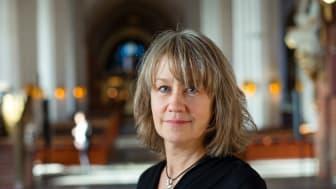 Porträtt Åsa Grönberg i domkyrkan