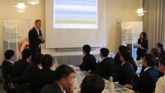 Energistyrelsens direktør Morten Bæk tager imod delegation af repræsentaner fra Kinas energiministerium og 16 udvalgte kraftværker.