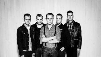 """Premiär för Top Cats nya singel och musikvideo """"Hold me now"""" specialskriven av Timo Räisänen!"""