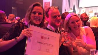 Cajsa Lindgårdh (marknad), Kenneth Eriksson (gruppchef och projektledare) och Caroline Redare (HR) på GPTW-galan.