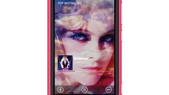 Nokia_Lumia_800_magensta_music.jpg