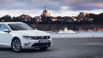 Volkswagen Passat GTE Sportscombi en viktig modell i Europcars vagnpark för att bli ett grönare hyrbilsbolag.