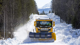 Svevia plogar snö - foto - Markus Marcetic