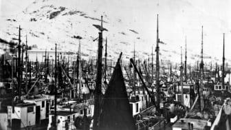 Frå Måløy på 50-talet. Foto: Odd Oldeide, Fjordenes Tidende.