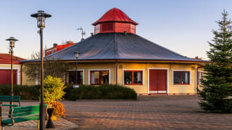 Parken kultur- och konferenscenter, som är flitigt använd till både teaterföreställningar, konserter och konferenser, är en av de lokaler som inte kommer att hyras ut under tiden som de lokala allmänna råden gäller.