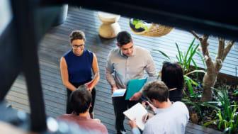 Hver enkelt del av rapporten byr på praktiske tips som hjelper ledere med å foreta velfunderte kommersielle beslutninger som kan medføre en omlegging av alle deler av driften.