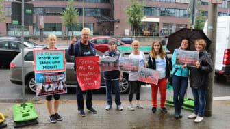 TUI Cruises-Demo in Hamburg gegen Anlandung auf den Färöer-Inseln (WDSF-Foto)