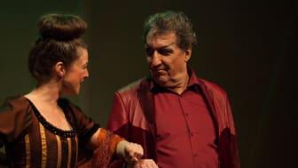 Goetheanum-Bühne: Goethes ‹Faust 1› (ungekürzt) mit Katja Axe als Marthe und Christian Peter als Mephisto