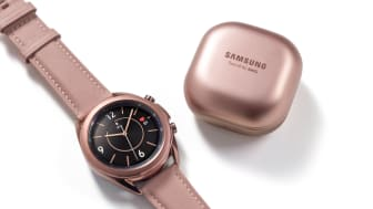 05_galaxywatch3_budslive_lifestyle_image