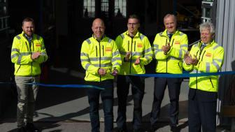 Igår klipptes banden till nya kundcentret i Länna. Representanter från såväl Ramirent som ägarkoncernen Loxam fanns på plats.