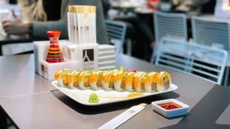 Maträtten Flying Salmon, Sushi Yama i Mölndal Galleria. Foto: Sushi Yama.
