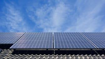 Ab dem 1. Januar fallen die ersten Solaranlagen aus der 20-jährigen Förderdauer des Erneuerbare-Energien-Gesetzes. Das Bayernwerk bietet nun eine Lösung an.