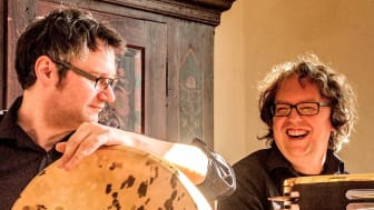 Jean Kleeb (rechts) und Sven Demandt gastieren gemeinsam mit Violinistin Elisa Friedrich am 21. März in der Hephata-Kirche.