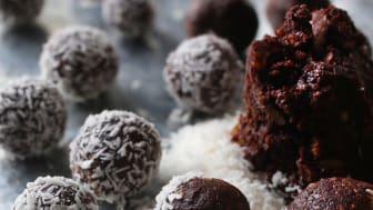 Chokladbollar med dadlar