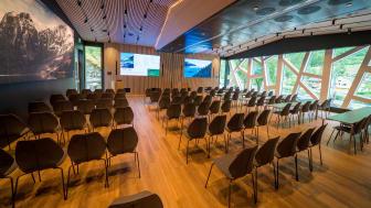 Fretheim Hotel har opna nytt og moderne konferansesenter i Flåm.