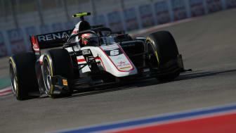 Christian Lundgaard tester Formel 1 i Bahrain
