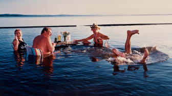 Midsommar i Rättvik av Lars Tunbjörk