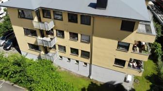 Bygården på Vika i Frogner rommer 13 leiligheter med balkong. Foto: Privatmegleren.