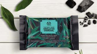 The Body Shop presenterar styrkan i aktivt bambukol!