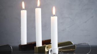 Eine Formation Schwäne schwebt über den Tisch: Rosenthal Swan Lights.