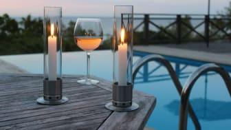 Ljusstake med stormglas–skyddar lågan mot blåst.