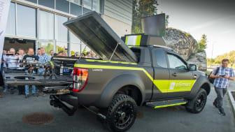 Først i sitt slag: Her er nye Ford Ranger som dronebil!