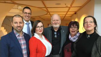 Centerpartiets viceordföranden från vänster: Robert Axebro, Fredrik Elgh, Maja Westling, Sven-Olov Edvinsson, Solveig Granberg och Anna-Karin Sjölander.
