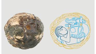 På pynteknappen, som er fundet på Hornsherred, ses en dramatisk kamp mellem Tyr og Fenrisulven. Den fremstilling af myten har forskerne ikke set før. Foto: ROMU, Illustration: Trine Sejthen/ROMU