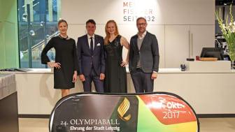 Das sympathische Moderatoren-Duo Annett Böhm und Roman Knoblauch mit Ulrich Fischer (Geschäftsführer von Mein Fischer)
