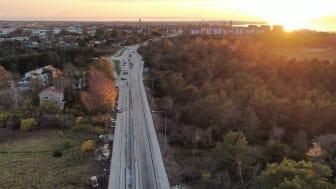 Sommaren 2021 planerar Vy Flygbussarna köra elbussen i trafik på den trådlösa elvägen mellan Visby flygplats och Visby Centrum.