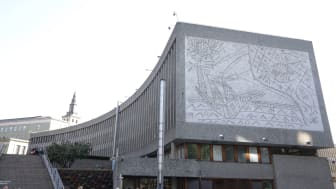 The Y block with murals by Picasso in Norway is decided to be demolished, but architect associations, trusts, museums and protestors refuse to accept, and the fight to save the building still goes on.