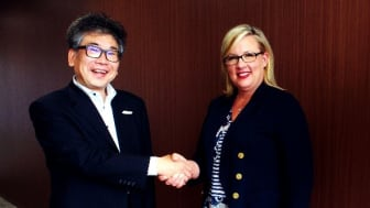 Tadashi Machida, Director, JTB Communication Design (left) and Kari Wendel, Vice President, Global SMM Strategy & Solutions, CWT Meetings & Events (Right)