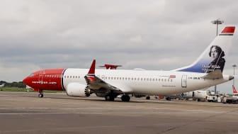 Oscar Wilde Boeing 737 MAX