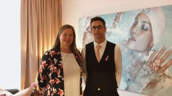 Bröstcancerförbundets generalsekreterare Marit Jenset och Clarion Hotel Amarantens VD Ulf Cato invigde igår Rosa Rummet.