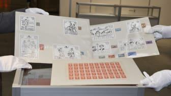 Se kong Olav Vs unike frimerkesamling på Lillestrøm